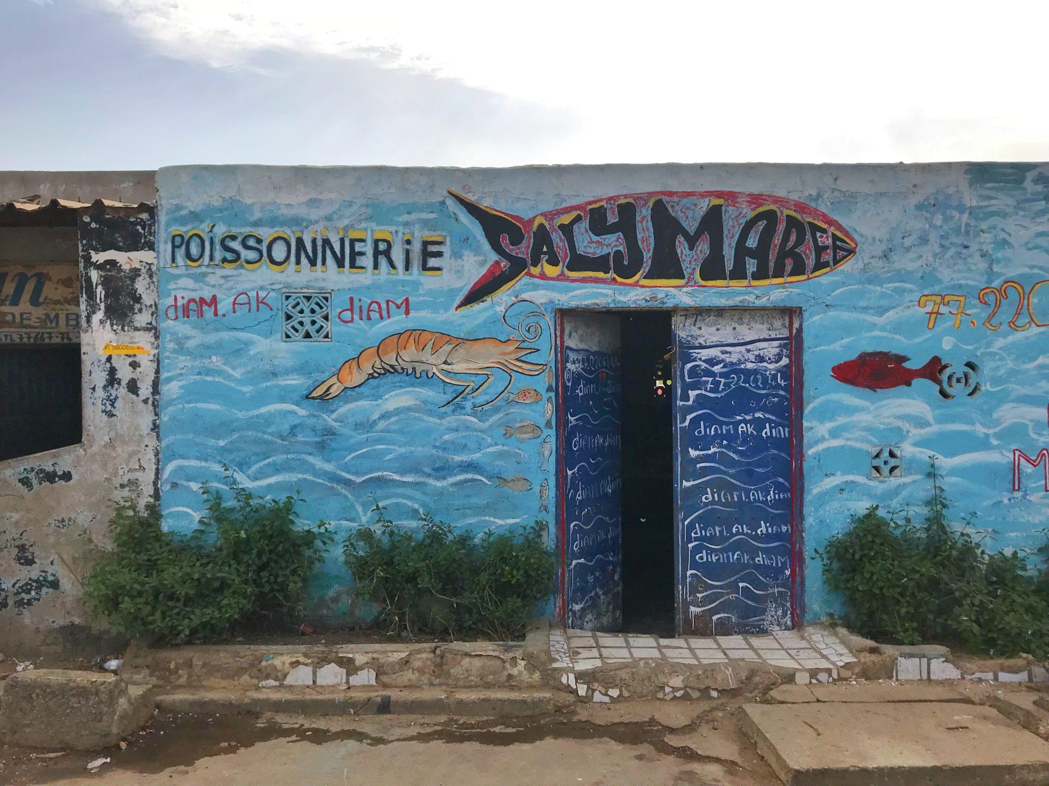 Le village de Mbour au Sénégal
