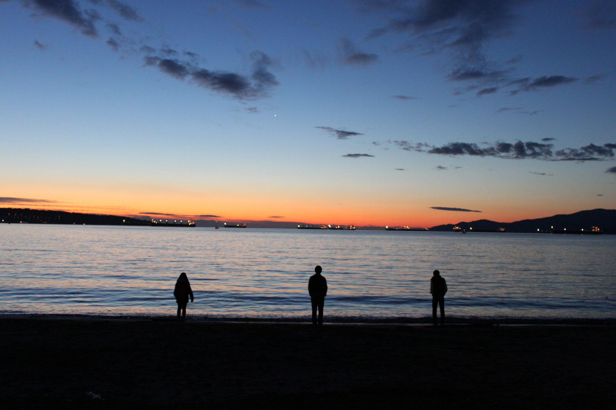 admirer-coucher-de-soleil-vancouver