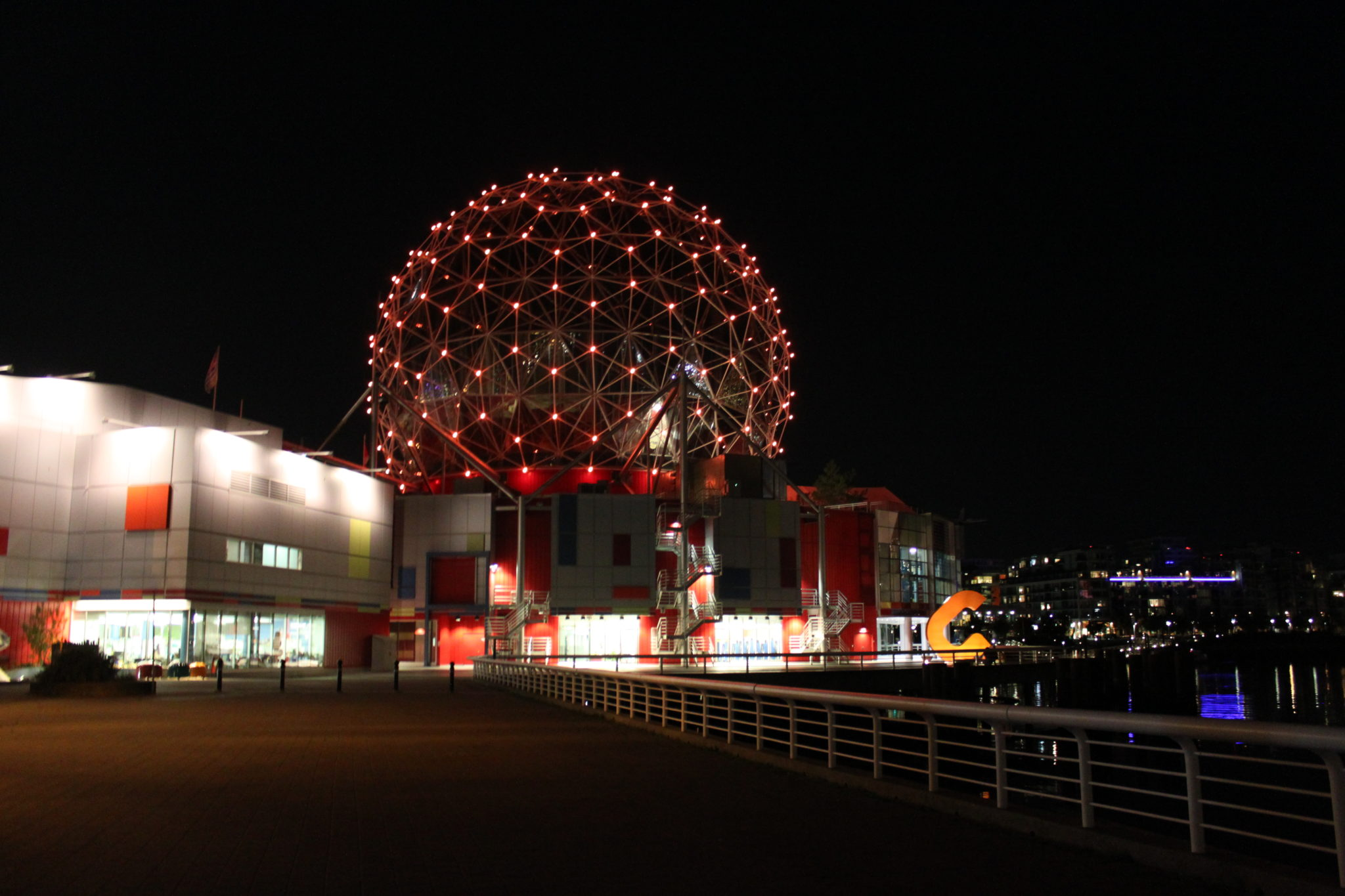 vancouver-nuit-science-world