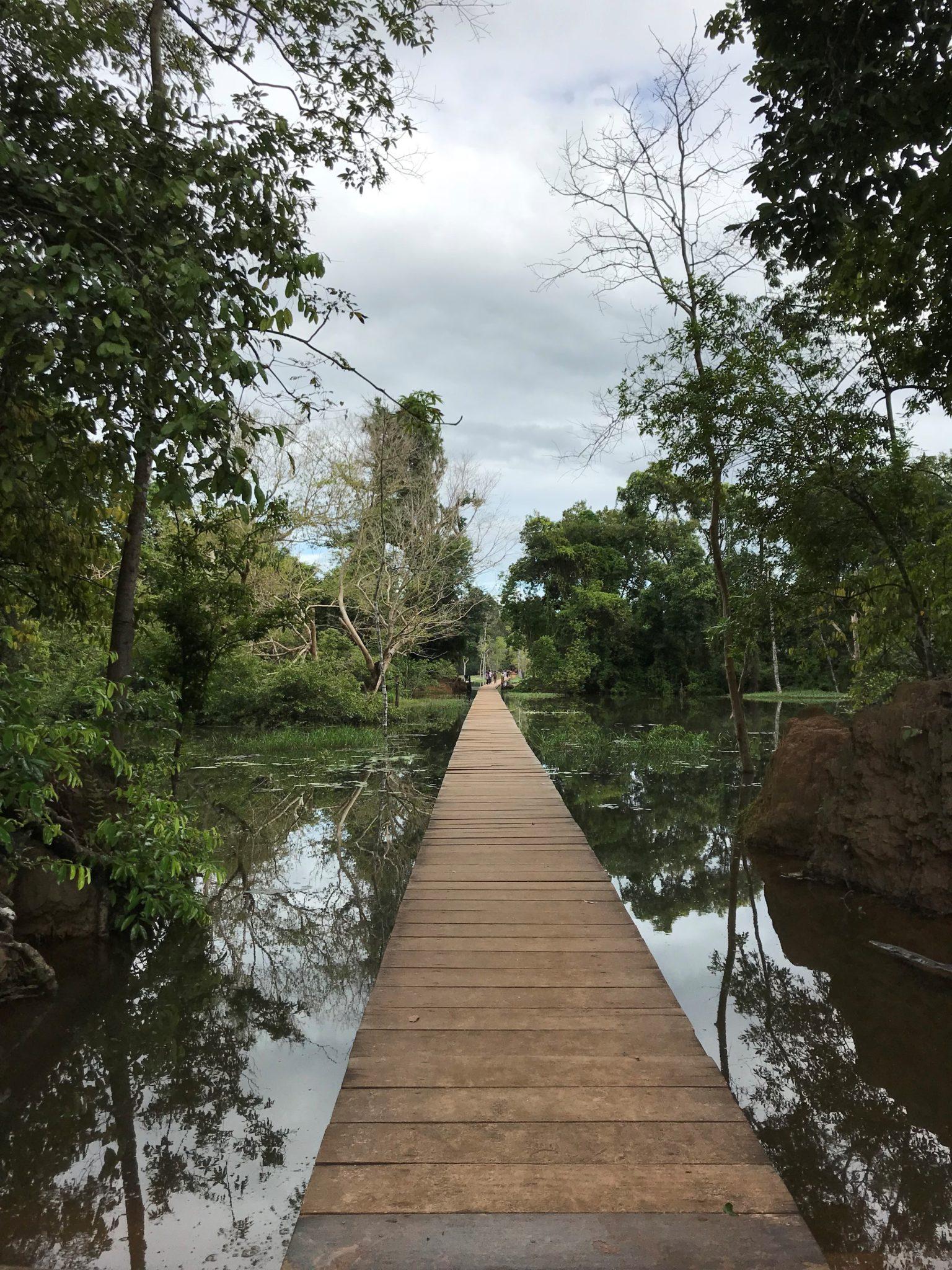 temples-neak-pean-angkor-siem-reap-cambodge