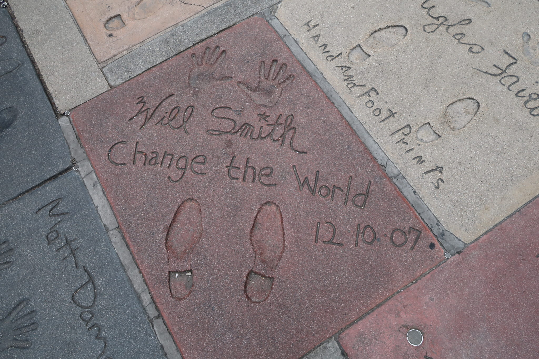 hollywood-boulevard-walk-of-fame-los-angeles