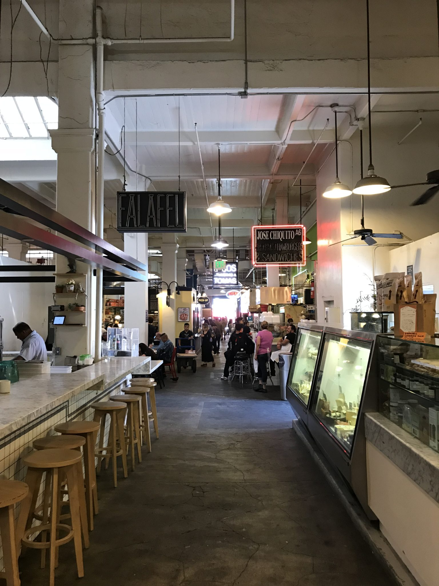 dejeuner-grand-central-market-los-angeles